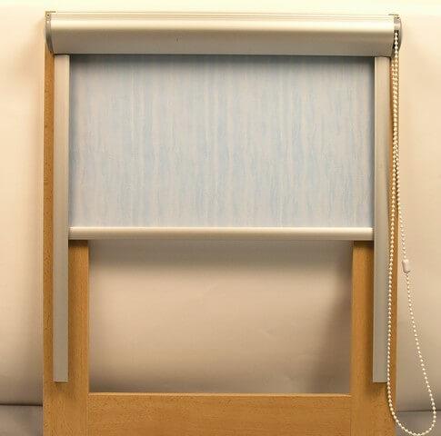 Látkové roletky - ukážka na okne