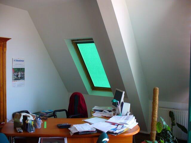 Látkové roletky zelená farba iný pohľad v dome